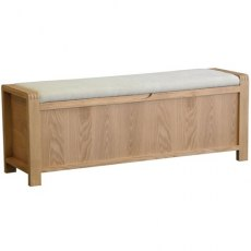 Bosco Bedroom Storage Bench - Light Wood