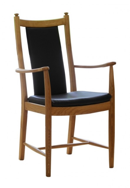 Ercol Windsor Dining Penn Classic Dining Armchair with Padded Back