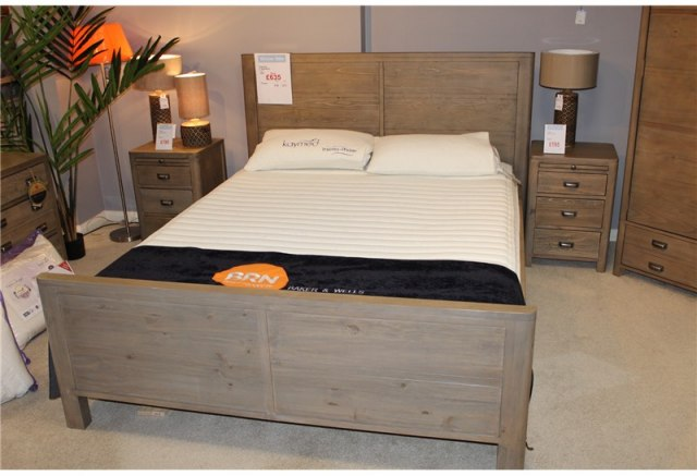 Clearance - Bedroom Torquay 5' King Size Bedstead