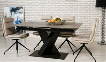 Bronx Table & Nobo Chairs